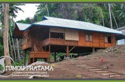 Rumah Kayu Adat Manado