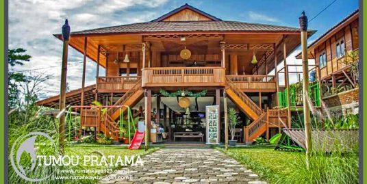 Rumah Kayu di Bandung | Tipe 198 m2
