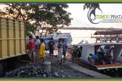 Bongkar Muatan Rumah Kayu Bunaken