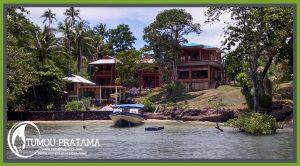 Pemandangan Rumah Kayu Manado di Resort Bunaken Sea Garden