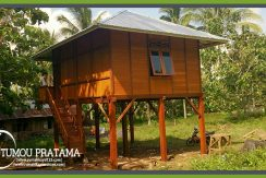 Rumah Kayu di Manado Airmadidi