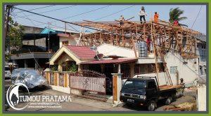 Rumah Kayu di Manado Maumbi