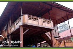 Rumah Panggung di Ambon