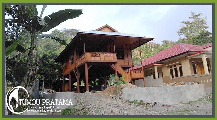 Rumah Kayu Model Panggung di Kota Ambon Maluku