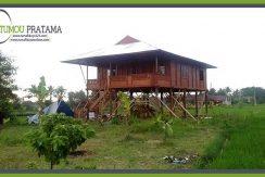 Rumah Kayu model Panggung di Jogjakarta Kaliurang